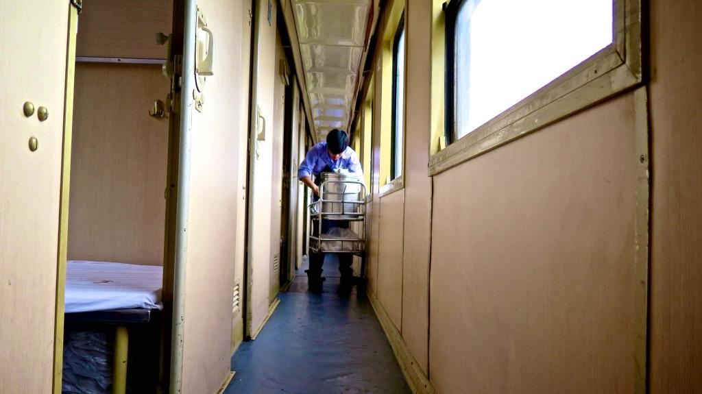 madeau vietnam train travel photographyIMG_0124 -