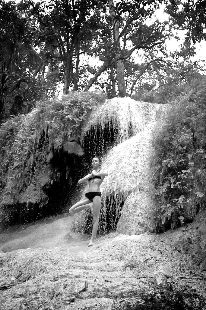 madeau  thailand erawan national park waterfall 2014-12-06IMG_2255 -